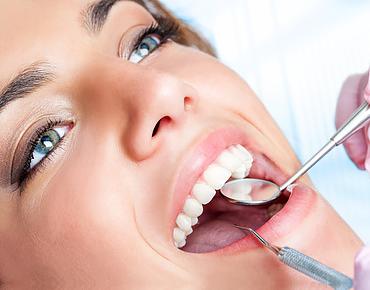 Zahnarzt-behandlung-waghauesel